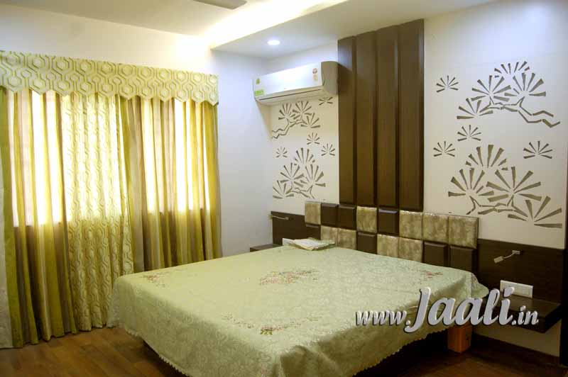 091 12mm MDF Jaali Cut & Duco Painted for Bed Back